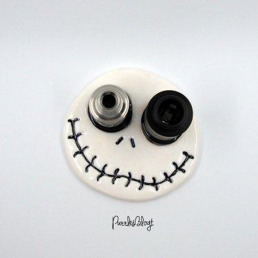 Verdampfer Ständer Skull erhältlich im Shop PuzzlesBlogt bei Etsy